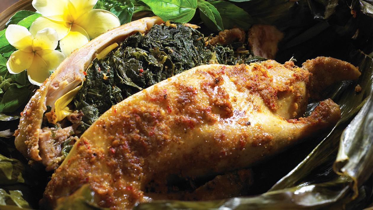 Bebek Betutu, makanan khas bali paling terkenal