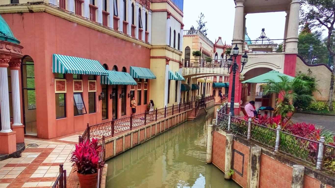 Wisata Little Venice Kota Bunga Bogor