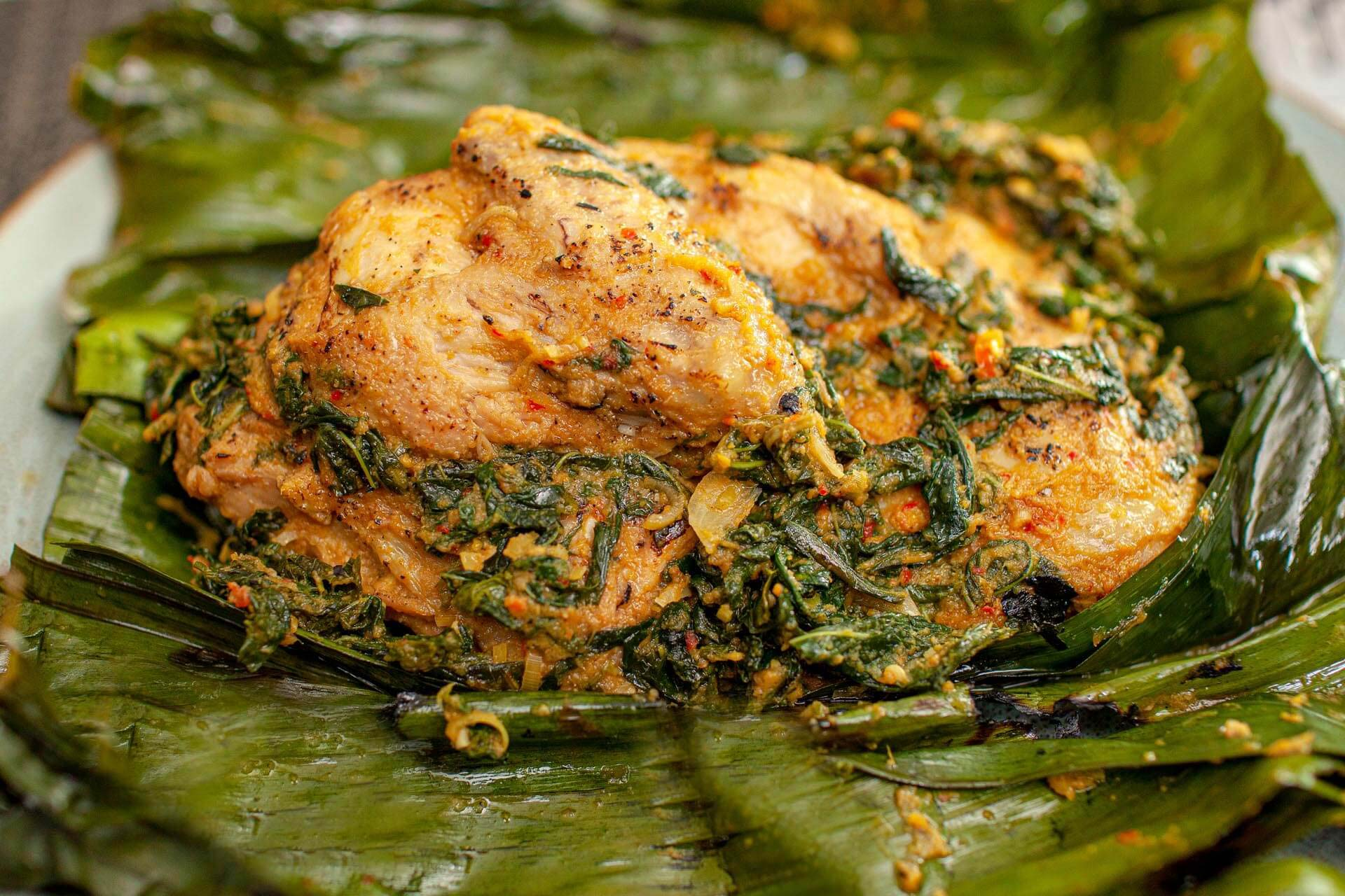 Ayam Betutu, makanan khas bali paling terkenal